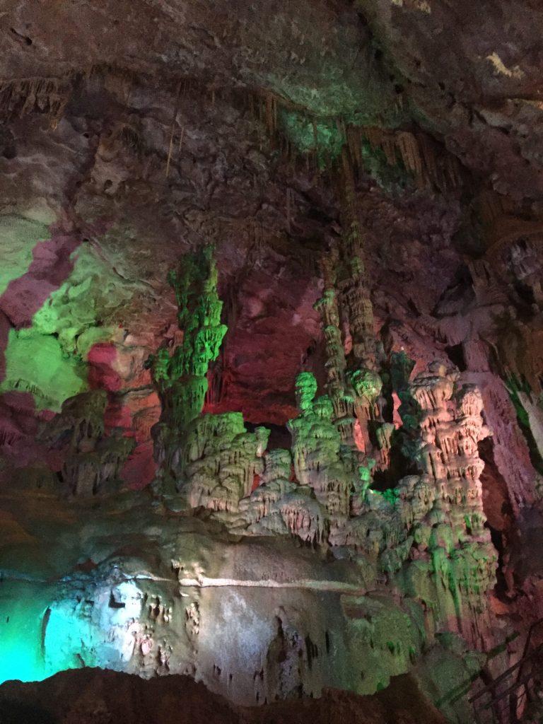 sagrada familia cuevas de canelobre