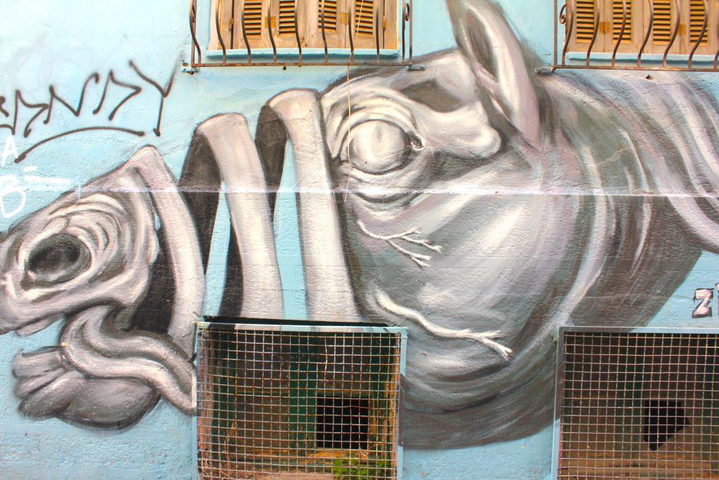 arte urbano un tanto tétrico en exarchia