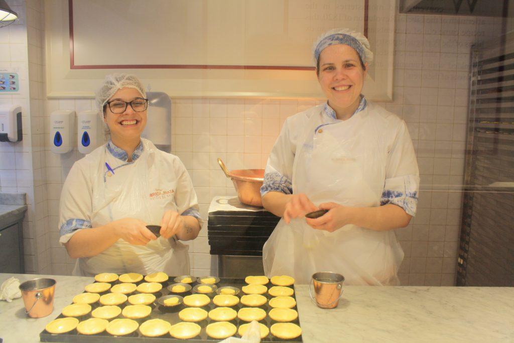 preparación pasteles de nata oporto
